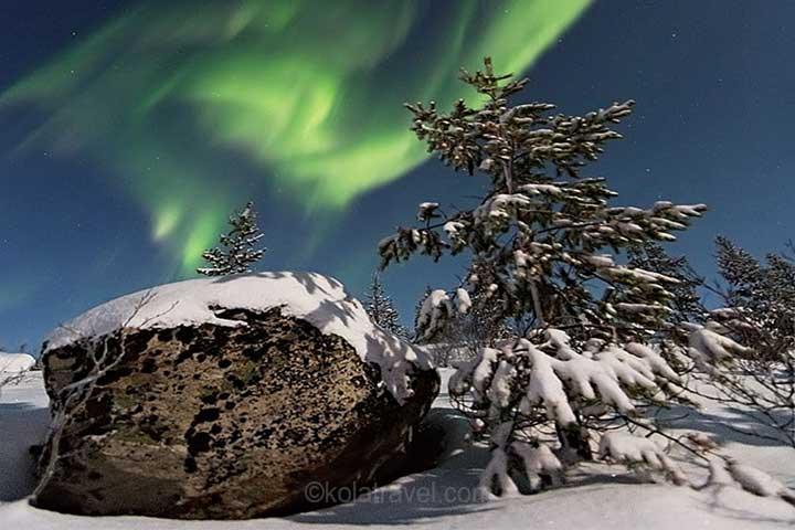 aurora borealis northern lights kola peninsula murmansk region russian lapland
